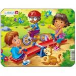 Larsen-Z10-1 Rahmenpuzzle - Spielplatz