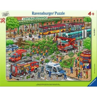 Ravensburger-05026 Rahmenpuzzle - Einsatz auf der Straße