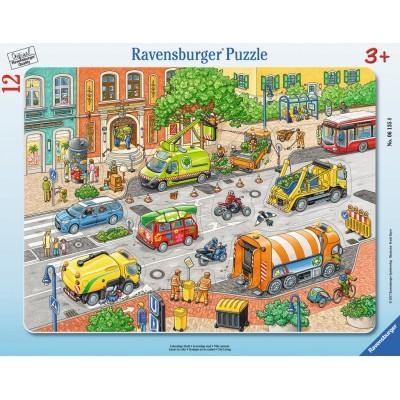 Ravensburger-06135 Rahmenpuzzle - Lebendige Stadt