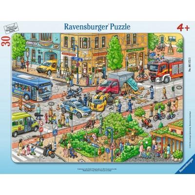 Ravensburger-06172 Rahmenpuzzle - Unterwegs in der Stadt